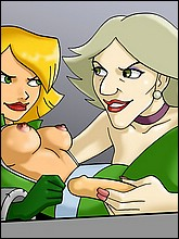 Sexy Clover From Totally Spies